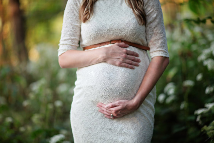 Back-Pain-During-Pregnancy-Chiropractic-Care