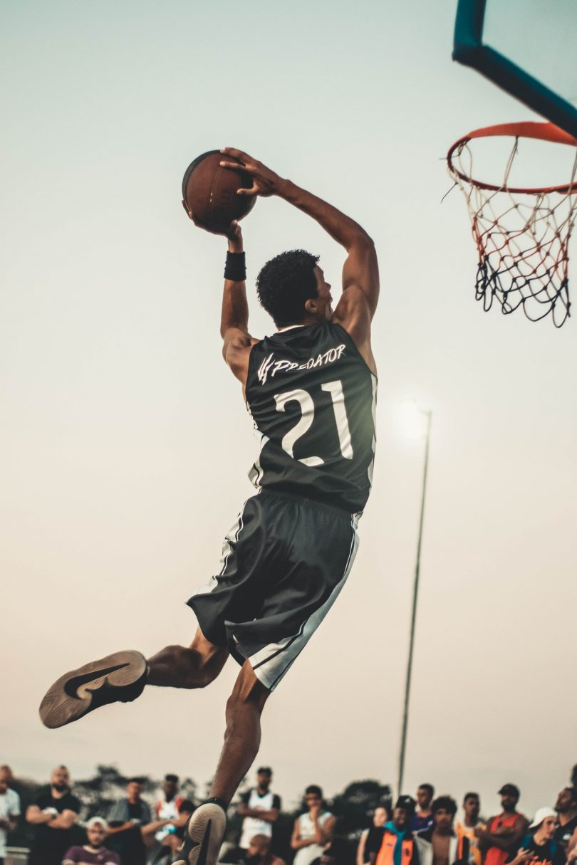 photo-of-man-doing-dunk-2834917