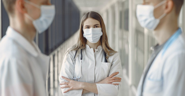 doctors wearing masks to ensure safety and hygiene in healthcare facilities