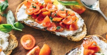 Healthy meal of toast with tomatoes and olive oil