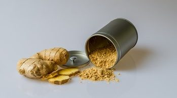 ginger herb and powder