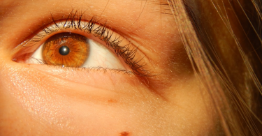 Close-up picture of a girl's eye